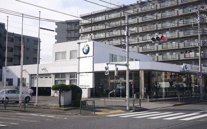 Nerima BMW 新車ショールーム