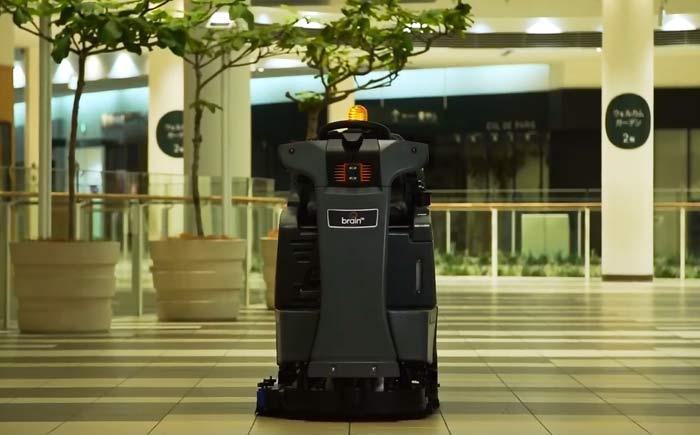 AI清掃PROの対応機種の第1弾となる「RS26 powered by BrainOS」