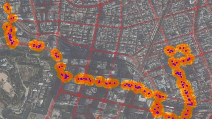 車両カメラの画像を元にしたTRI-AD/CARMERAの地図生成イメージ