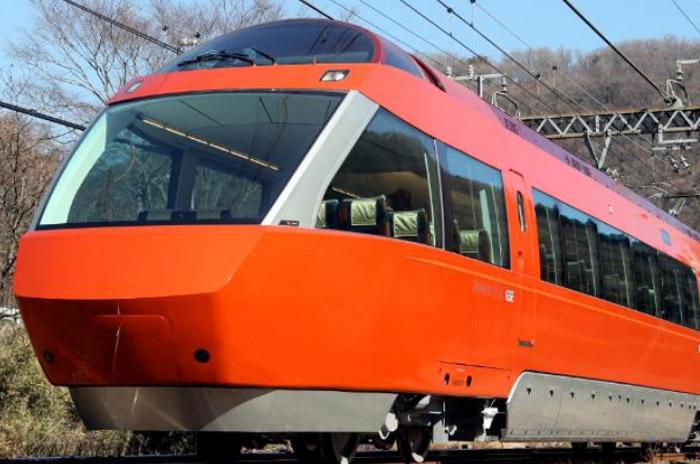ロマンスカー・GSE(70000形)