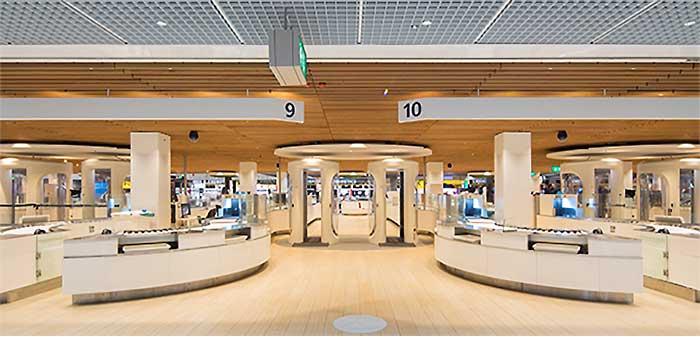 Scarabee社製 スマートセキュリティレーン/オランダ スキポール国際空港