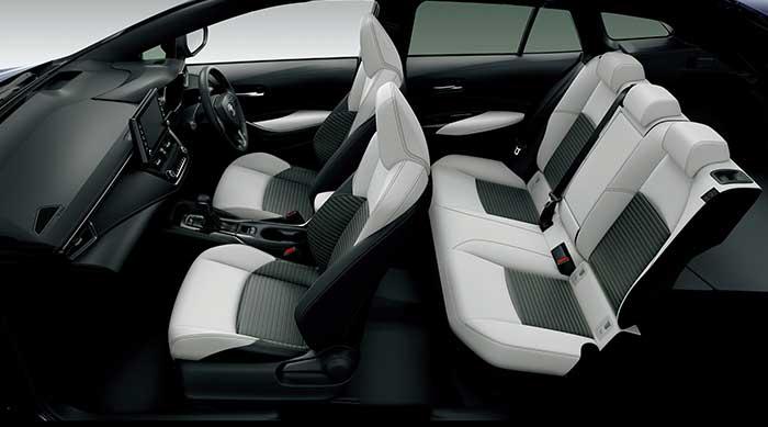 カローラ ツーリング HYBRID W×B(2WD)、内装色ブラック、シート表皮White<オプション>