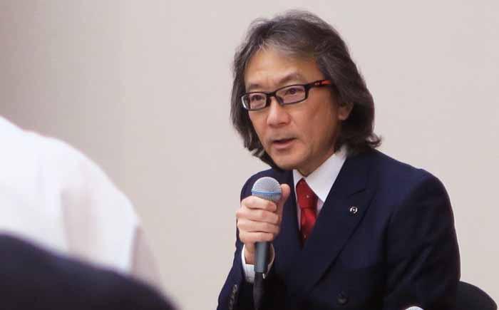製品について語る取締役・専務執行役員、企画領域・渉外・MDI&IT統括の古賀亮氏