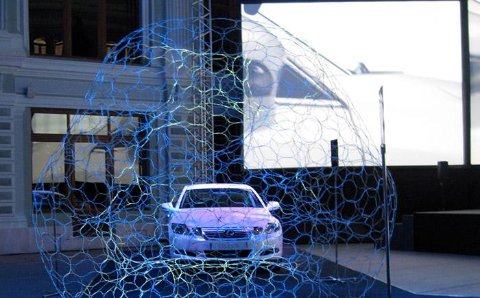 Lexus Hybrid Art ©Mathias Gmachl