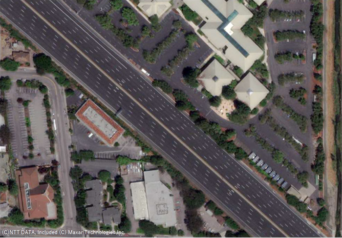 図2.自動車等の除去と画像補正