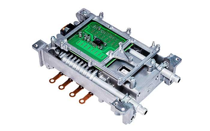 SiCパワー半導体搭載の昇圧用パワーモジュール